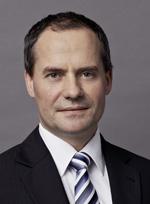 Christian Sperrer, Sohn von Hans Sperrer, setzt die Tradition des Bankhauses als selbständiges, eigentümergeführtes Unternehmen fort. - sperrer_christian_geschichte